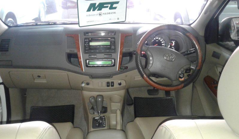 2011 Toyota Fortuner 4.0 V6 4X4 full